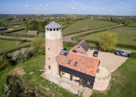 Aerial property video - Mil
