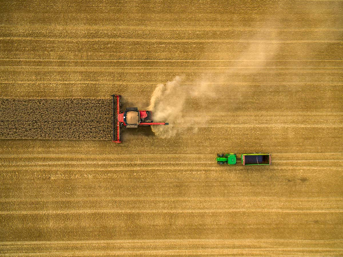 PHOTOGRAPHING FARMING USING HD DRONE TECHNOLOGY